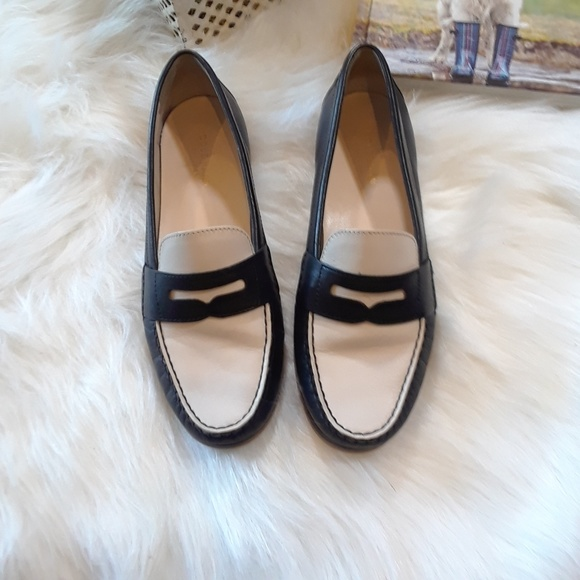 e81735284f7 COLE HAAN Black and White Penny Loafers (8)